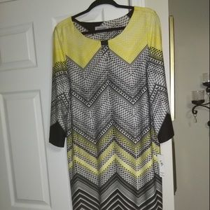 NWT  Plus Size Yellow Black Geo Print Dress